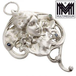 Jugendstil Silber Modesty Anhänger Antoine Beaudouin Diamant Saphir Smaragd art nouveau silver pendant diamond sapphire emerald