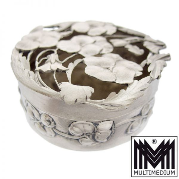 Art Nouveau Edwardian Silver Pot Pourri Box By William Comyns, London 1909