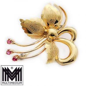 750 er Gold Brosche Blume Rubin 18k Handarbeit gold brooch hand made flower ruby